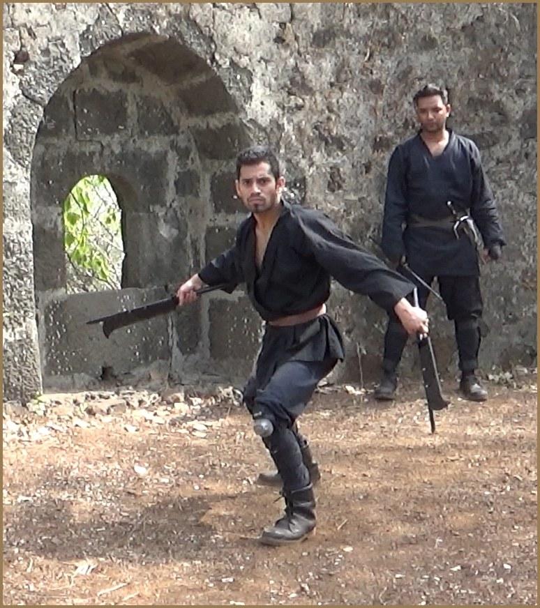 Ninja Weapons and Equipment - Smoke bombs, grapple-hooks